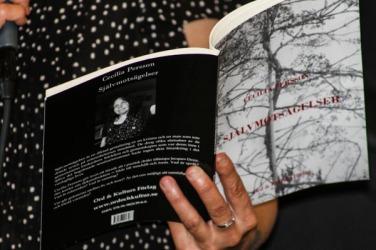 Cecilias bok Självmotsägelser. Foto: Åsa Nyberg.